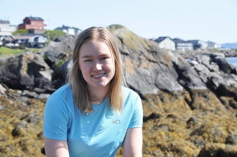 GIR SEG IKKE: Anita Holmgren (19) har meldt seg ut av Arbeiderpartiet og inn i SV. Der vil hun fortsette å kjempe for Nordkapp.
