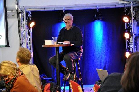 Hogne Heir Statle var quiz- vert også under årets filmquiz.