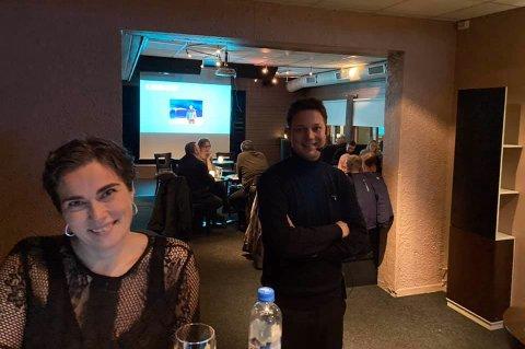 Quizvertene Hanne Øien og sigurd Rafaelsen var klare med Quiz for deltakerne på Vinterfestivalen