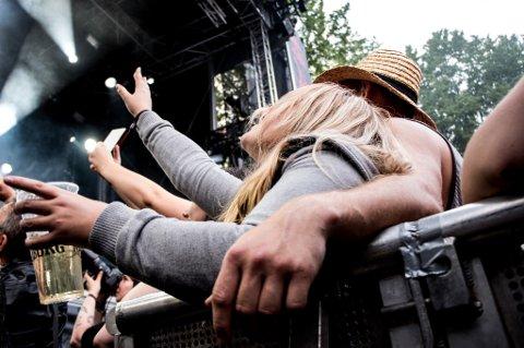 Malakoff 2016 TAGS: Scene, stemning, festival, konsert, ARTIST: Sivert Høyem