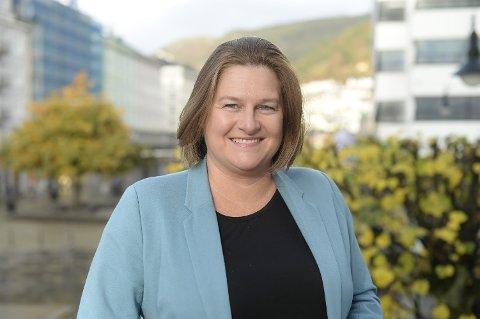 TILRETTELEGGAR: Christine Gaffney har henta luksusturistar til Åmot sidan 2010. Ho meiner potensialet for luksusturisme er større enn dei fleste forstår.