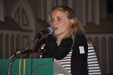UNG: Birgit Solbakken hadde appell under folkemøtet. Foto: Boe Johannes Hermansen