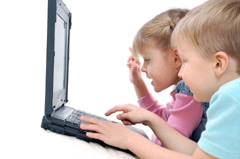 Klar oppfordring: La barn lære å kode. NITO ønsker mer teknologi inni skolen.