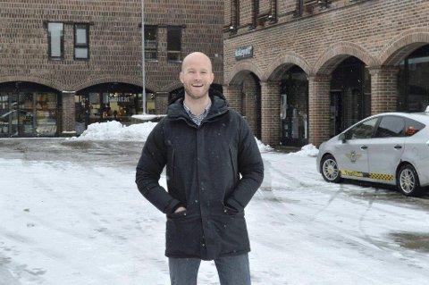 OPTIMIST: Sander Grundvig i Cityplan har et optimistisk håp om at utbyggingen av Nygaardsplassen ikke krever omregulering av området, slik at byggingen kanskje kan komme i gang i løpet av våren.