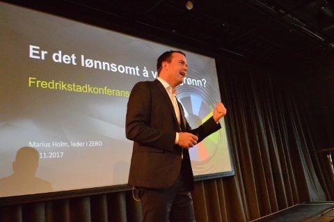 BÆREKRAFTIG: Ja,  det er  i veldig stor grad lønnsomt å være grønn, sa Zero-leder Marius Holm – en av flere som sørget for en grønn innledning av Fredrikstadkonferansen onsdag.