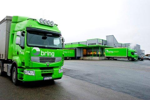Knut Sollund skriver at logistikkdivisjonen i Bring har tapt nesten én milliard kroner og selskapet dumper prisene slik at lokale transportører blir utkonkurrert.