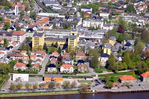 Både Høyre og Frp vil fjerne eiendomsskatten i 2025: Frp vil gå raskere frem enn Høyre. (Arkivfoto: FB)