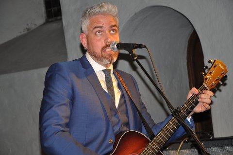 Poet og musiker: Trygve Skaug er gjesten i søndagens låtskriverprogram på FBTV.