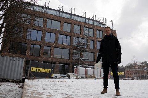 Utviklingssjef i Fredriksborg Eiendom, Vidar Solberg, sier det vil ta tid før det kommer noen restaurant i 1. etasje.