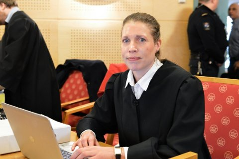 Advokat Mette-Julie Sundby er forsvarer for den økokrim-tiltalte Fredrikstad-mannen.