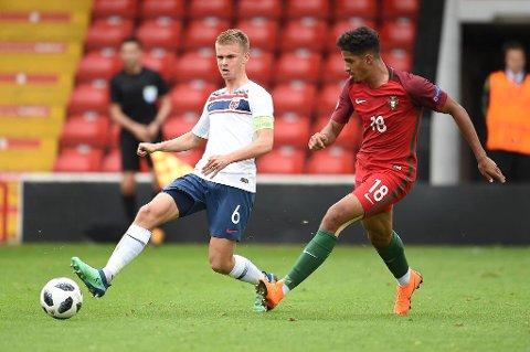 MATCHVINNER: Thomas Rekdal scoret Norges eneste mål i 1-0-seieren over Portugal.