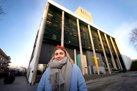 KVINNEUKE: Hannah Berg og 8. mars-komiteen vil utvide kvinnedagsmarkeringen i Fredrikstad.