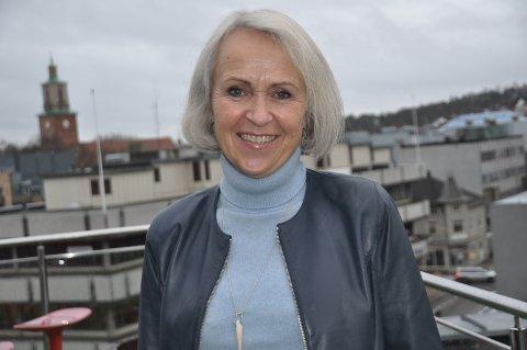 SELVSTENDIG: Karen Langballe har ikke bare dobbelt statsborgerskap, men snakker en rekke språk. FOTO: BOE JOHANNES HERMANSEN