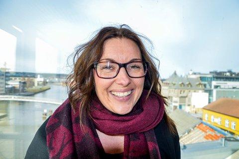 Siri Martinsen, leder Fredrikstad i kommunens oppvekstutvalg, håper at mange kommer på møtet i Litteraturhuset 26. mars.