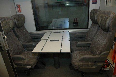 NSB vurderer å droppe de beste setene ombord. Illustrasjonsfoto: Sittegruppe NSB Komfort. Foto: (NSB)