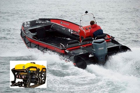 PÅ PLASS TIL SOMMEREN: Det er en båt av denne typen, en åpen arbeidsbåt med nødvendig utstyr, som snart er på plass i Fredrikstad. Den skal etterhvert utstyres med en undervannsrobot med sonar (innfelt) og varmesøkende sensor, men dette er det ennå ikke samlet inn nok penger til.