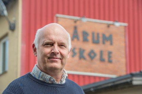 Gleder seg: Etter ti år som inspektør på Årum skole i Borge tar Hans Otter Günther over som rektor 1. august.