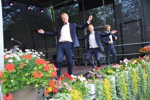 Kommunedirektøren innstiller på å tildele Solbuktafestivalen 20.000 kroner i onsdagens kultur- og miljøutvalgsmøte. Tilsammen skal det deles ut 400.000 kroner til kunst- og kulturtiltak. Her fra fjorårets festival i Solbukta.