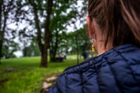 DYREKJØPT ERFARING: «Helene» gjorde som ansatte blir oppfordret til – så si fra på jobben i Fredrikstad kommunen når de mener noe er galt. Det har kostet dyrt, både i form av svært langvarig sykmelding, og i direkte utgifter til advokat.