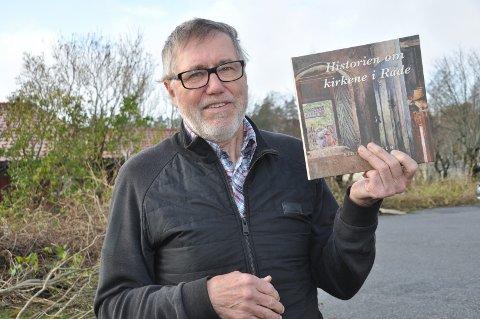 OMFATTENDE: Eigill Tangen har nå kommet med en ny bok hvor han skriver om alle Rådes fem kirker gjennom historien.