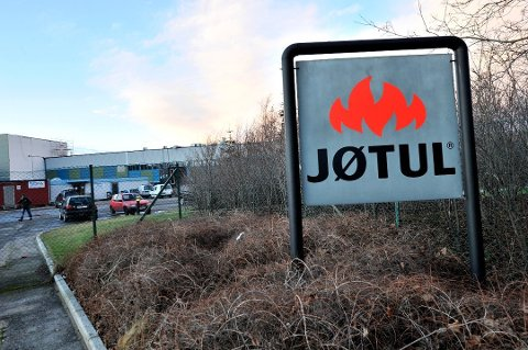 39 ansatte hos Jøtul har fått permitteringsvarsel etter mildværet i vinter.