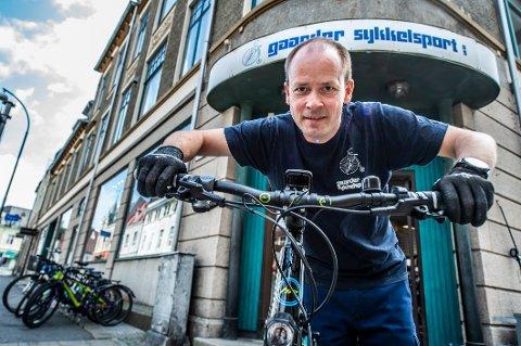 Atle Johansen forklarer at både 2019 og 2020 er gode år for firmaet hans.