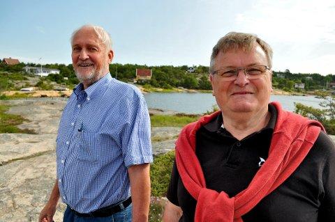 LEDERE I HYTTEFORENINGEN: Leder Rolf A. Hauge (til høyre)  og nestleder Fred Gjerløw i Fredrikstad hytteforening, som representerer hytteeiere i kommunen. Nå skal alle hytter få ny takst. (Arkivfoto: Øivind Lågbu)