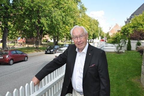 TAKK: Jeg sitter tilbake med takknemlig og ydmykhet for den tillit jeg hatt fått som Stortingspolitiker, sier Odd Holten.