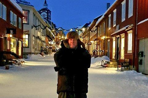 Uteopptakene til «Hjem til jul 2» ble gjort på Røros i vinter, og Per-Olav Sørensen og resten av crewet ble akkurat ferdig med de viktige opptakene før Norge stengte.