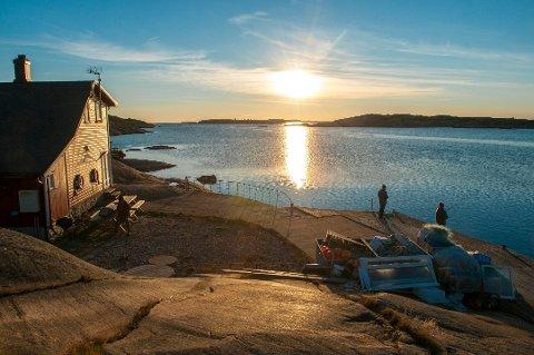 Foreløpig ser det ut til at Rekefabrikker er mest populær blant de 15 kystledshyttene på Hvaler og i Fredrikstad. Tirsdag kveld var det kun fem ledige dager i perioden 23. april – 31. august. Resten var allerede booket av ivrige medlemmer.
