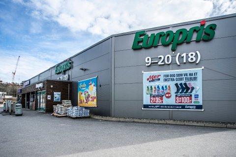 Europris Butikkdrift AS søkte om tillatelse til en ubetjent, utendørs butikkløsning på søndager, hovedsakelig i Dikeveien. (Illustrasjonsfoto av Europris på Begby).