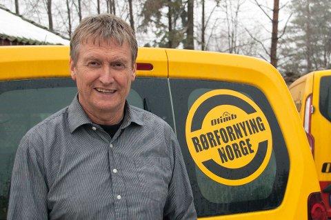 LEVERER VARENE:  Daglig leder Roar Haugland i Olimb Rørfornying leverer et overskudd på over 50 millioner kroner.