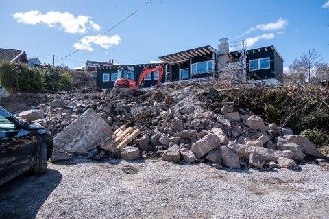 KONKURS: På denne byggeplassen var ansatte i full sving selv om firmaet de jobbet for var konkurs.