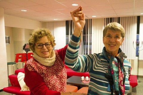 Byr opp: Irma-H. Bakkan og Kari Holm i Narvik Seniordans vil gjerne ha flere medlemmer i foreningen. Derfor starter de opp et nybegynnerkurs tirsdag i uke 3.Foto: Terje Næsje