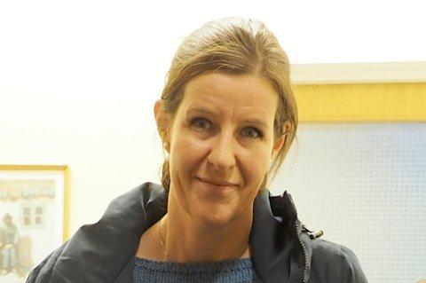 TROSS ALT FORNØYD: Det er FAU-leder Hanne Jovison.