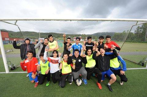Fotballglade: Guttelaget er klare for Norway cup.