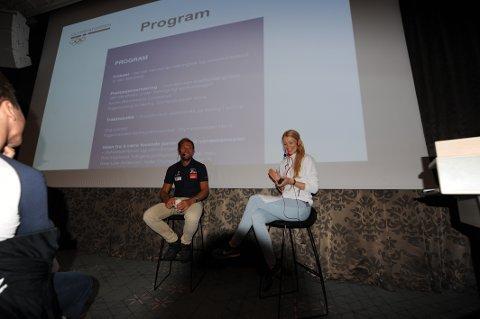 Thor Hushovd i tospann med Kristin Brinchmann Lundestad fredag morgen under frokostseminar i Narvik.