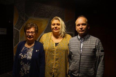 President i Lions Club Svarta Bjørn, Randi Wollan, og Siv Elin Reitan og Esben Haldorsen fra Exit.