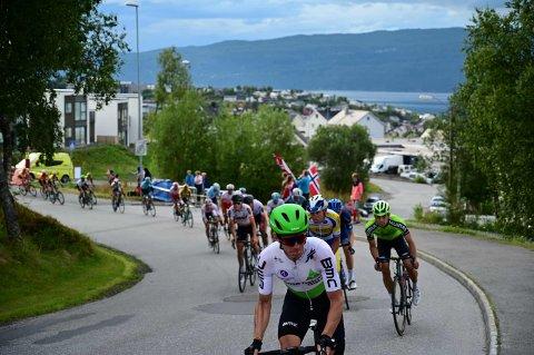 Sykkelproffene og en rekke andre toppidrettsutøvere og støttepersonell slipper innreisekarantene når de kommer til Norge i sommer.