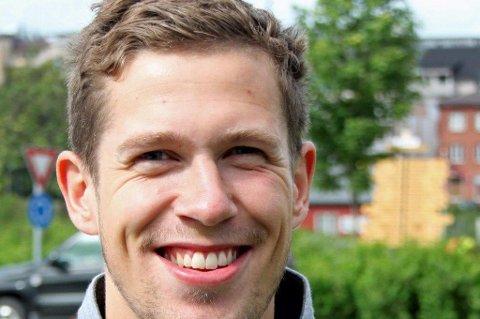 HJELPETRENER: Andreas Markussen.