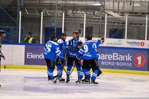 MÅ VENTE: Narvik hockey håper på fortsatt plass i Fjordkraft-ligaen, og venter nå på utfall av ankesak.