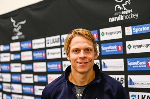 GLAD OG LETTET: Kaptein Casper Santanen var ekstremt fornøyd med mandagens 4-0-seier over sin gamle klubb Manglerud Star.