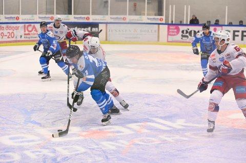 BORTE LENGE: Narvik hockey sitt A-lag blir borte i 12 dager i strekk, med start kommende onsdag.