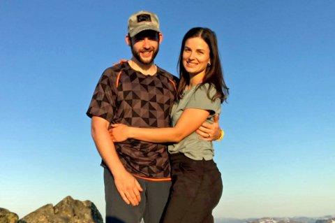 ADSKILT: Ole Kristian Edvardsen og kjæresten Karolina er fraskilt fra hverandre på femte måneden. Her er paret på Istind på kommunegrensa mellom Bardu og Målselv.