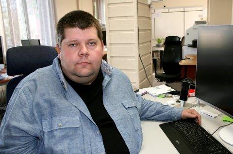 TAPTE SAK: Jon Henrik Larsen i Salangen-Nyheter. Foto: Torgeir Bråthen