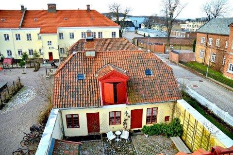Premiereløytnaten borettslag på Karljohansvern i Horten får 800.000 kroner til utbedring av brakkestokker og bryggerhus.