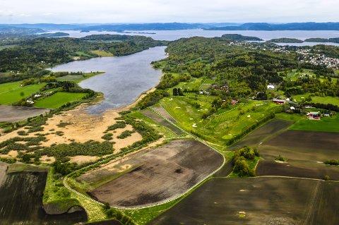 Borrevannet: Innsenderen reagerer på det han mener er uredelig argumentasjon fra Naturvernforbundet om roing på Borrevannet.