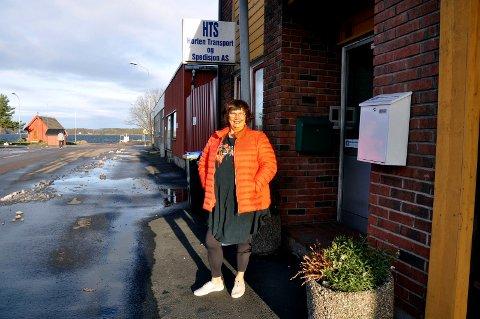 HER BOR VI: I 24 år har Wigdis og Scott Solberg bodd midt i industriområdet på Bankløkka.