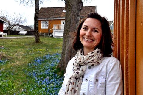 DIKTER: Lisa Strømme har studert historien og brukt fantasien. I Munchs hage oppstår sterke følelser.