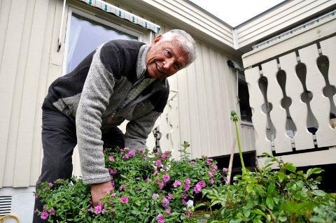 AKTIV: Det er flere år siden Bjørn Kristian Nilsen har jobbet så mye i hagen som i år.